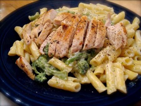 Lunch fittalk health conscious food recipes chicken spaghetti alfredo surprise forumfinder Choice Image